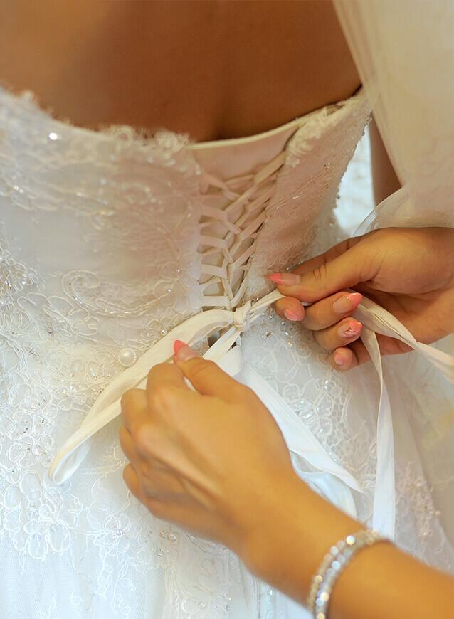 Servizio sartoria abiti da sposa e cerimonia