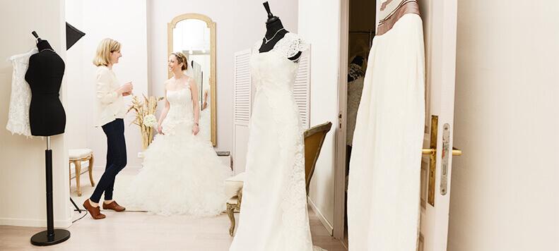 prenota appuntamento per la prova dell'abito da sposa a Milano